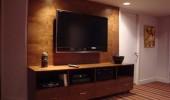 TV w/Universal Remote